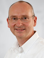 Dr. Dirk Hahne